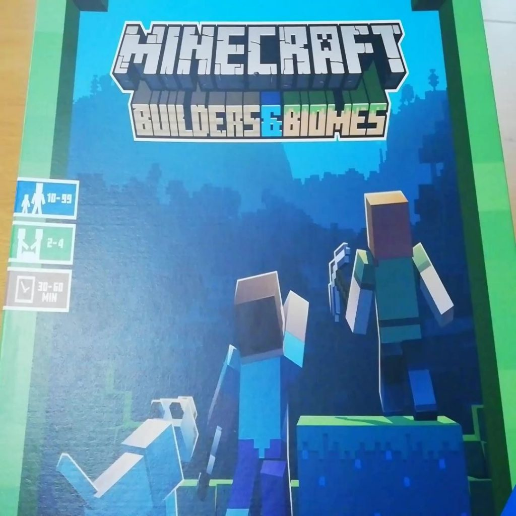 Minecraft: Builders & Biomes – Component Overview Video